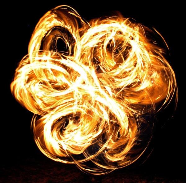 Лепестки огня