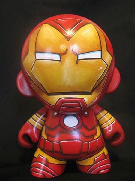 робот Тони