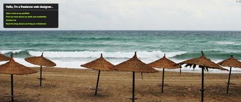 Пляж,зонтики и море