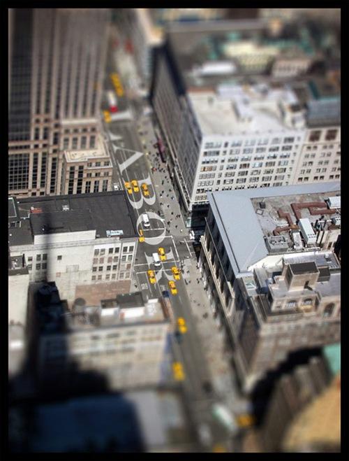 Вид эмпирических строений Нью-Йорка, титл-шифт
