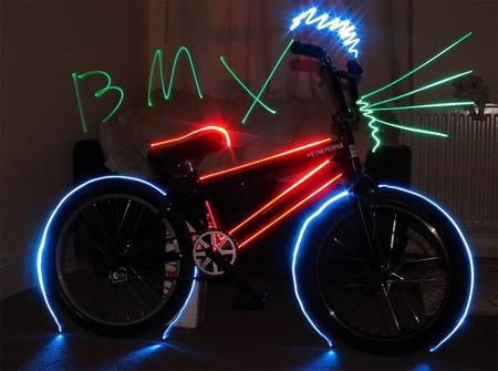 Неоновый BMX