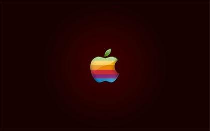 радужное блестящее яблоко