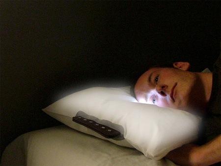 Подушка-будильник с часами