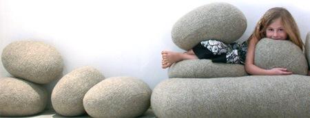 подушки - камни