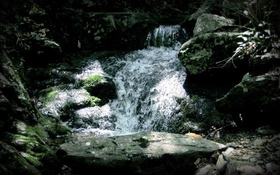 водопад на рабочий стол