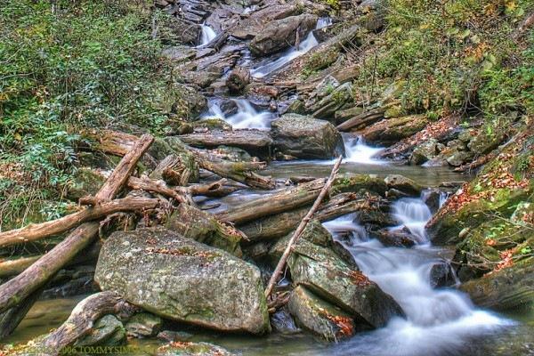 Осенний ручей хдр