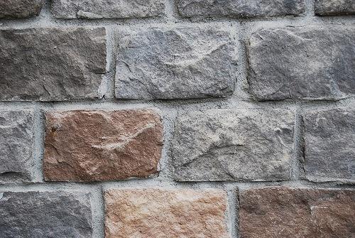 Стена из камня