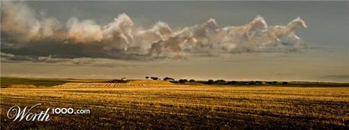 облака в форме лошадей