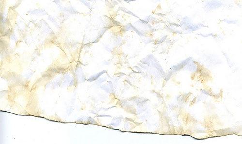 Измятый кусок бумаги