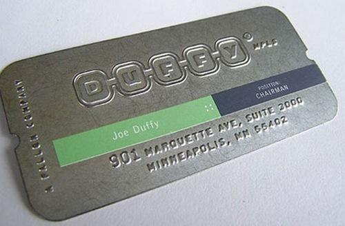 металлический дизайн визитки