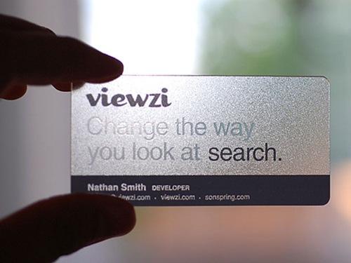 прозрачная тесненная визитка