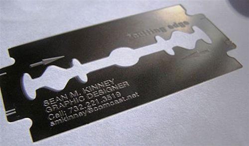 визитка в форме лезвия