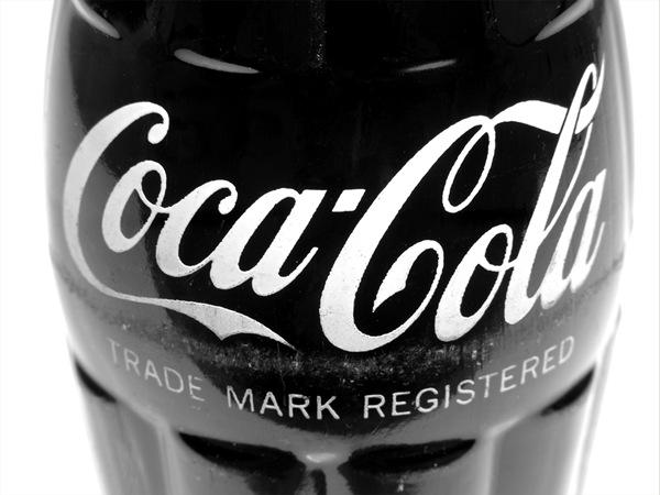 черно-белая кока-кола