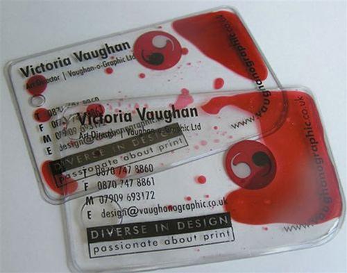 креативная пластмассовая визитка с жидкостью внутри