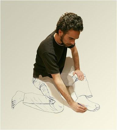 рисующий себя