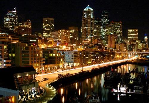 Побережье ночного города