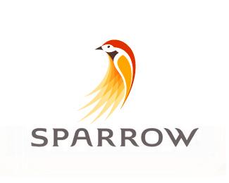 яркая птица в логотипе