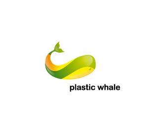 яркий кит в логотипе