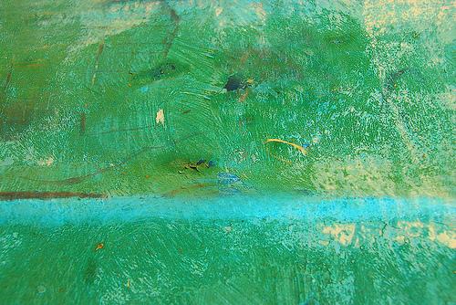 разводы краски на бетоне