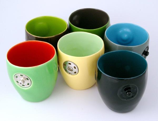 Чашки с кнопками