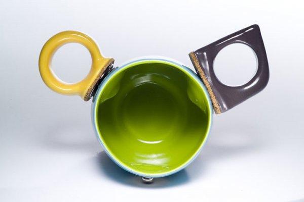 Две ручки на чашке