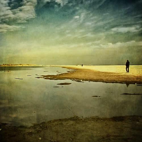 берег и облака