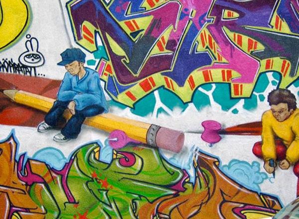 яркие необычные рисунки на уличных стенах
