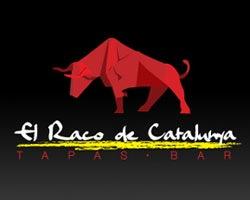 красный буйвол в дизайне лого