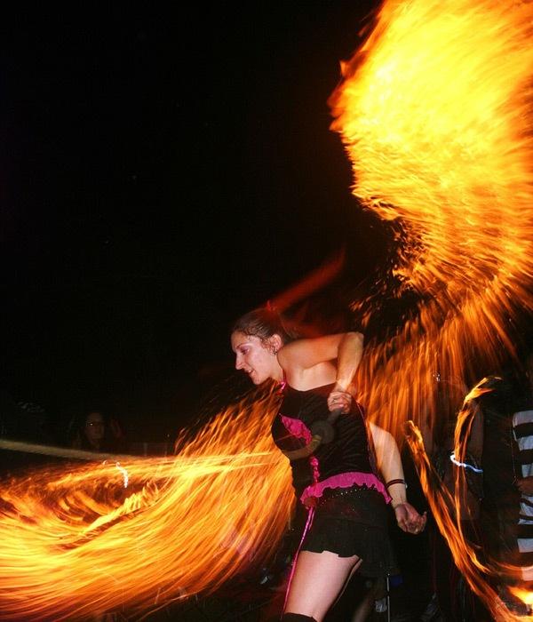 Пылающие крылья