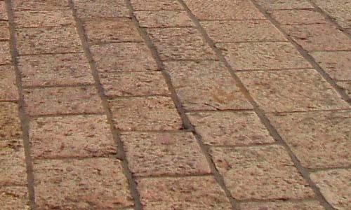 Старинный кирпич из Иерусалима
