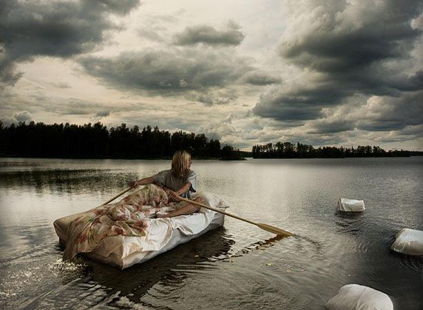 плывущая во сне
