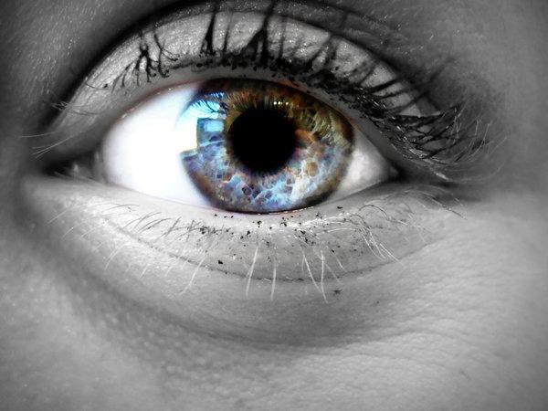 Лакированные глаза