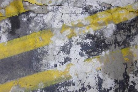 Бетон с грязными линиями