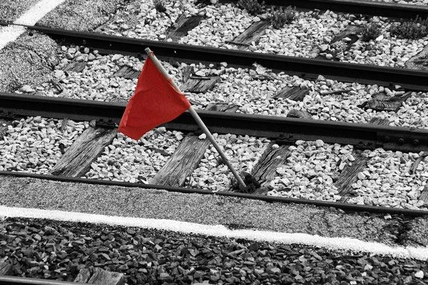 Красный флажок