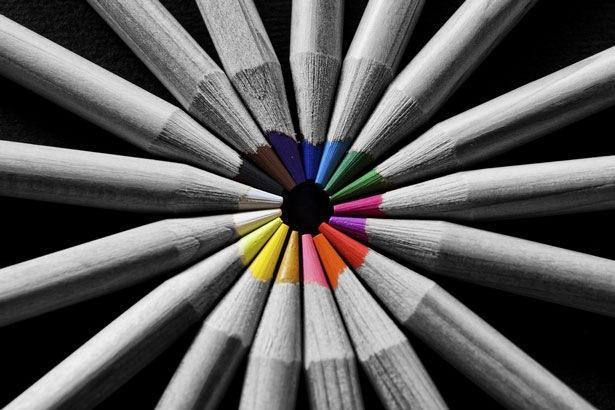 цветные фото с черно белыми элементами