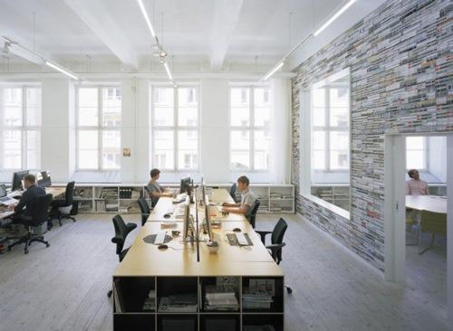 светлый просторный офис