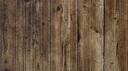 Темный деревянный пол