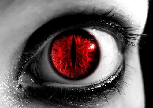 Красные глаза демона