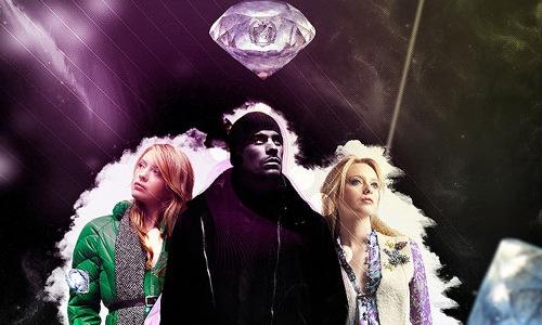рекламный постер с бриллиантами