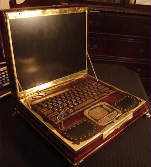Ноутбук в стиле механики