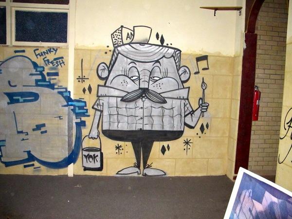 черно-белое графити