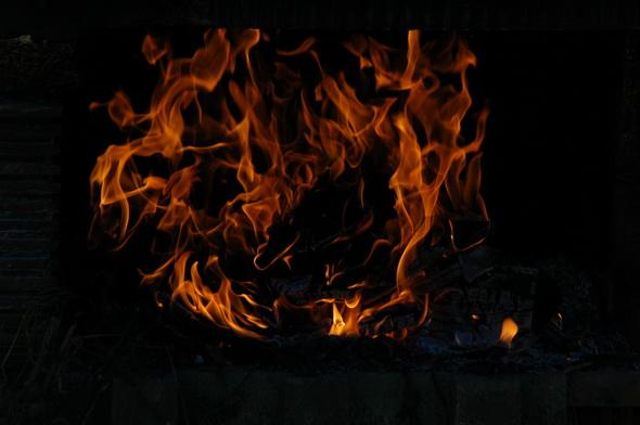 Бесплатные огненные текстуры: www.dejurka.ru/graphics/fire-textures-free